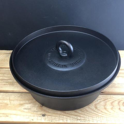 Netherton Foundry | Dutch Oven With Hot Coal Lid | Iron Pot with Stand