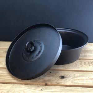 Netherton Foundry   Dutch Oven With Hot Coals Lid   Spun Iron Pot